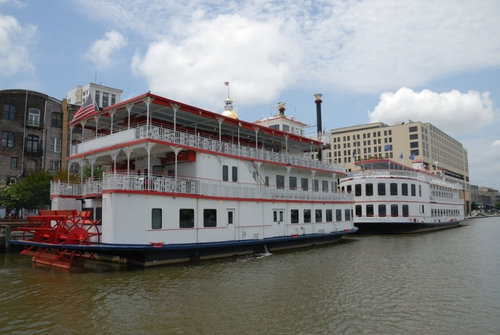 river cruise in Savannah