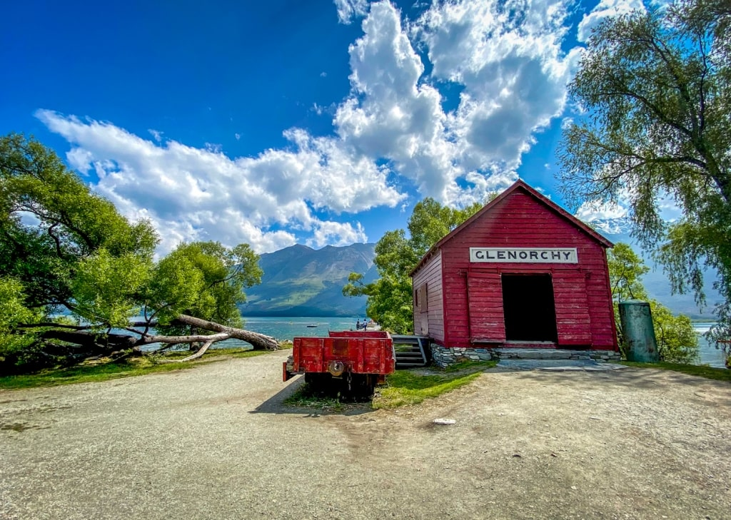 red shed Glenorchy - Queenstown New Zealand